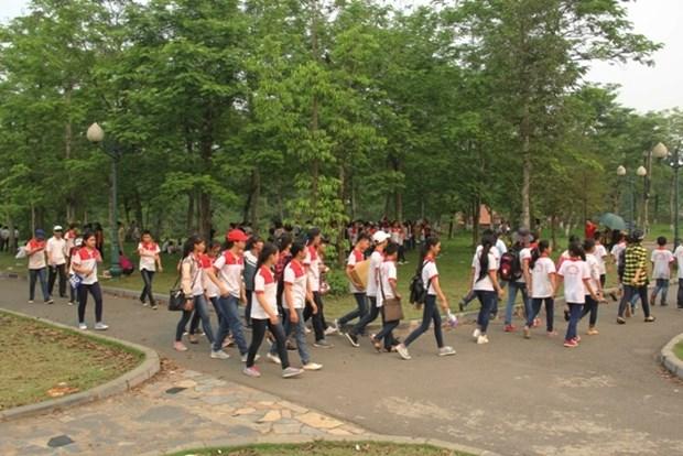 Diverses activites d'ete organisees au Village culturel et touristique des ethnies du Vietnam hinh anh 1