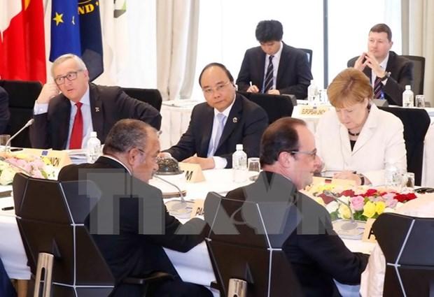 La visite au Japon du PM et sa participation au sommet du G7 elargi sont d'une importance majeure hinh anh 1
