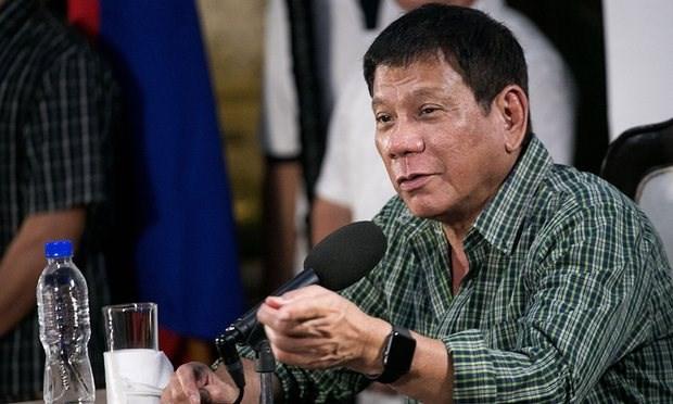 Le nouveau president philippin Rodrigo Duterte nomme les membres de son cabinet hinh anh 1