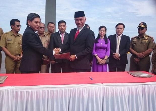 Vung Tau etablit le jumelage avec la ville indonesienne de Padang hinh anh 1