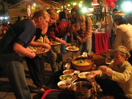 Gastronomie : Hanoi figure au premier rang du top 16 du Telegraph hinh anh 1