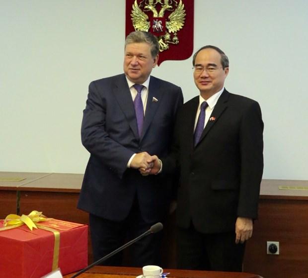 Le chef du FPV Nguyen Thien Nhan en visite en Russie hinh anh 1