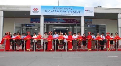 Ouverture d'une ligne aerienne directe entre Vinh et Bangkok hinh anh 1