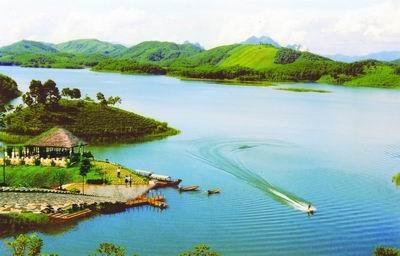 Approbation du projet de developpement de la zone touristique de Thac Ba hinh anh 1