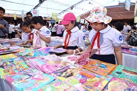 La litterature enfantine manque cruellement d'auteurs vietnamiens hinh anh 1