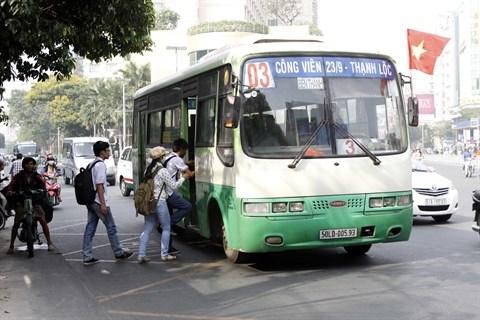 Les provinces du Sud s'orientent vers les bus au gaz naturel hinh anh 2