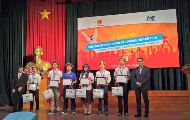 MOSWC 2016 : six etudiants vietnamiens disputeront la finale mondiale aux Etats-Unis hinh anh 1