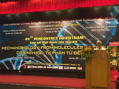 Des Prix Nobel au Vietnam pour le futur de la science hinh anh 1