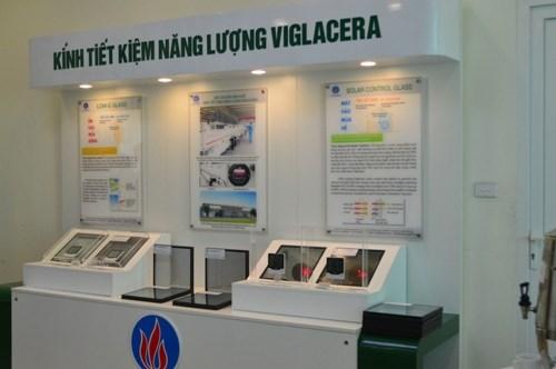 Le Vietnam fabriquera les premieres vitres a economie d'energie en Asie du Sud-Est hinh anh 1