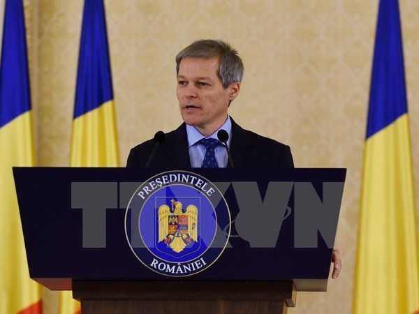 Le Premier ministre roumain entame une visite officielle au Vietnam hinh anh 1