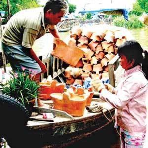 Le village de potiers de Dau Doi hinh anh 4