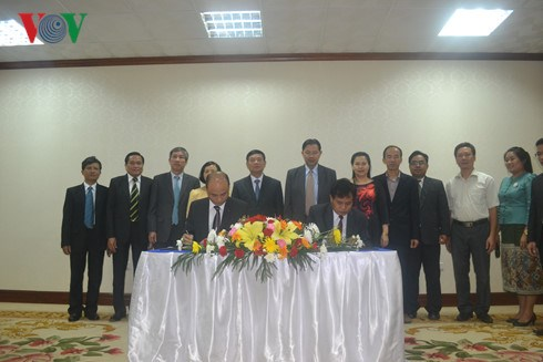 Vietnam et Laos approfondissent leur cooperation legislative hinh anh 1