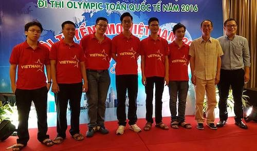Maths : le Vietnam remporte six medailles aux Olympiades internationales hinh anh 1