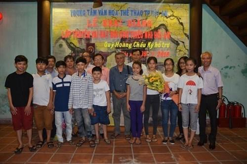 Hoi An ouvre un cours de theatre classique pour les enfants hinh anh 1