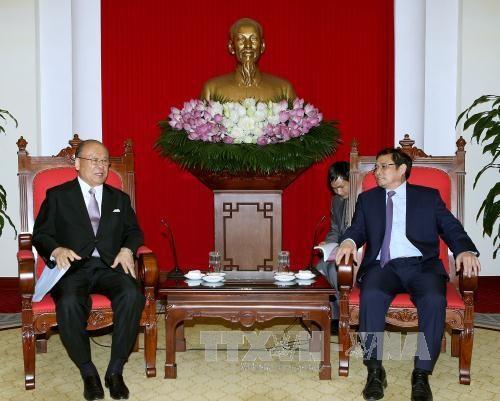 Le conseiller special de l'Alliance parlementaire d'amitie Japon-Vietnam en visite au Vietnam hinh anh 1