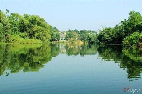 Le lac d'Ao Chau, une baie de Ha Long en petit format hinh anh 1