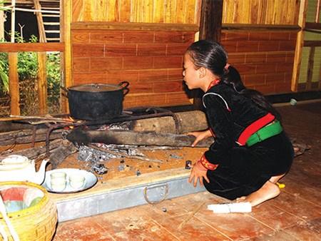 Le foyer, espace culturel des groupes ethniques hinh anh 2