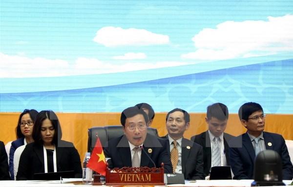 Les conferences ASEAN+1 discutent de la Mer Orientale hinh anh 1