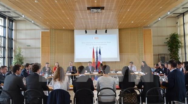 Le 4e Dialogue economique de haut niveau Vietnam-France a Paris hinh anh 1
