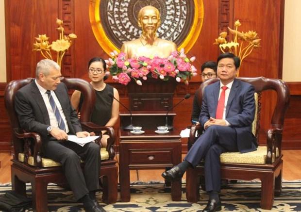 Plusieurs entreprises etrangeres veulent investir a Ho Chi Minh-Ville hinh anh 1