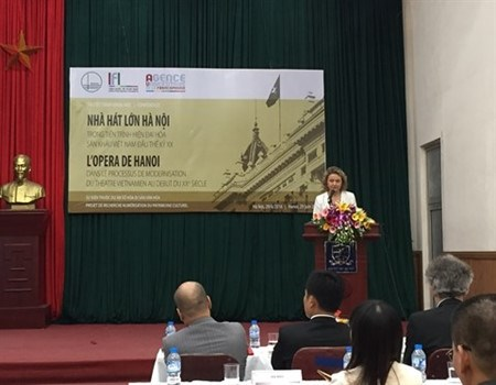 Le Francais qui a initie les Vietnamiens au theatre parle occidental hinh anh 2