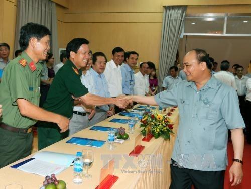 Le Premier ministre en tournee a Quang Ngai hinh anh 1