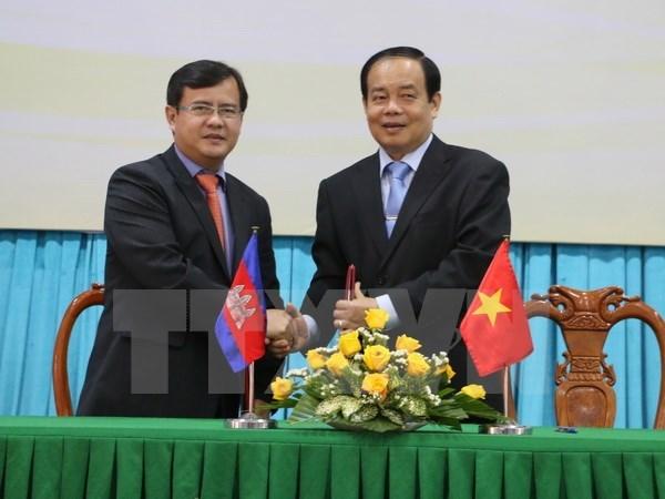 An Giang renforce ses liens avec des provinces cambodgiennes hinh anh 1
