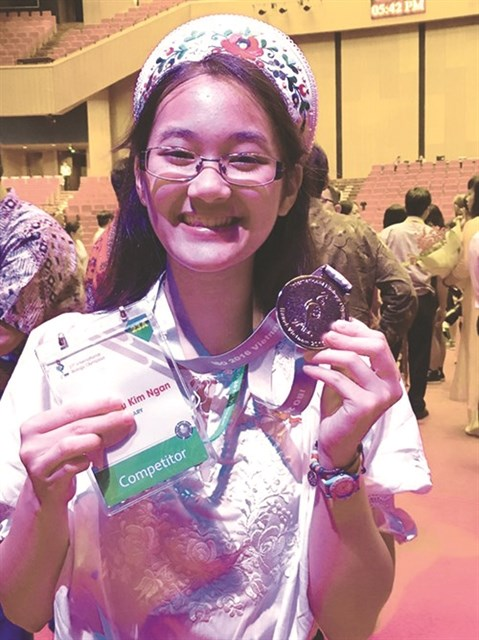 Une lyceenne Viet kieu primee aux Olympiades internationales de Biologie hinh anh 1