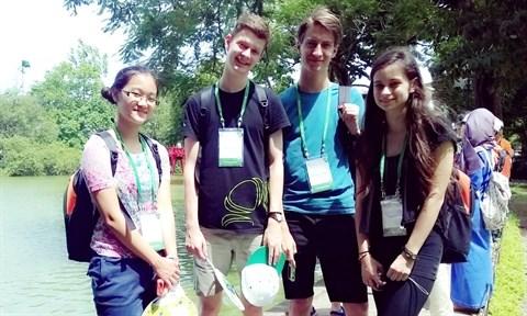 Une lyceenne Viet kieu primee aux Olympiades internationales de Biologie hinh anh 2