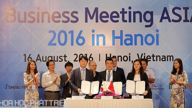 Conference d'affaires de l'Asie 2016 a Hanoi hinh anh 1