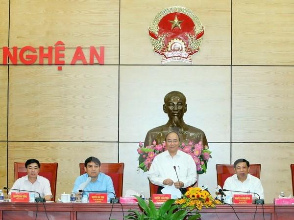 Le Premier ministre demande a Nghe An de mieux valoriser ses atouts hinh anh 1