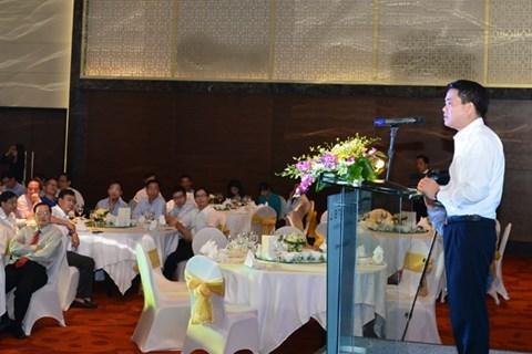 Hanoi : rencontre avec les chefs d'organes de representation du Vietnam a l'etranger hinh anh 1