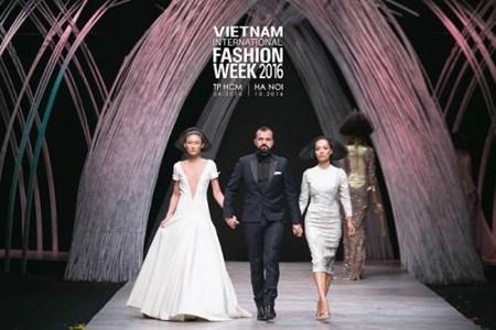 Semaine de la mode internationale du Vietnam automne-hiver 2016 hinh anh 1