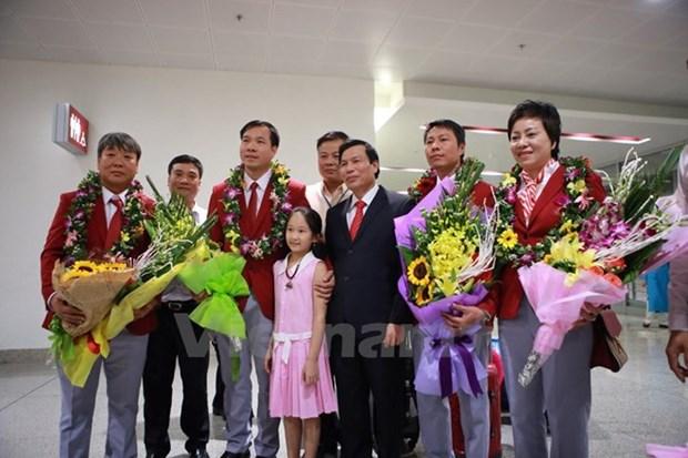 Retour de la delegation sportive vietnamienne des JO de Rio hinh anh 1