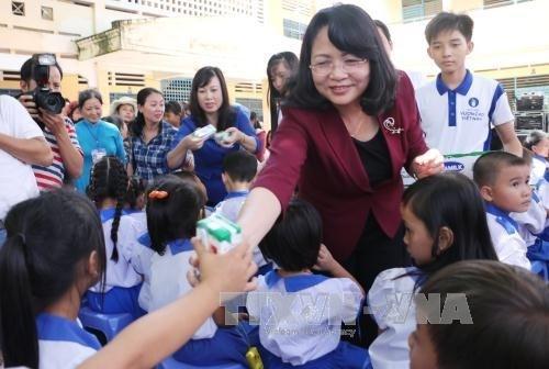 Poursuite des activites caritatives au profit des enfants demunis hinh anh 1