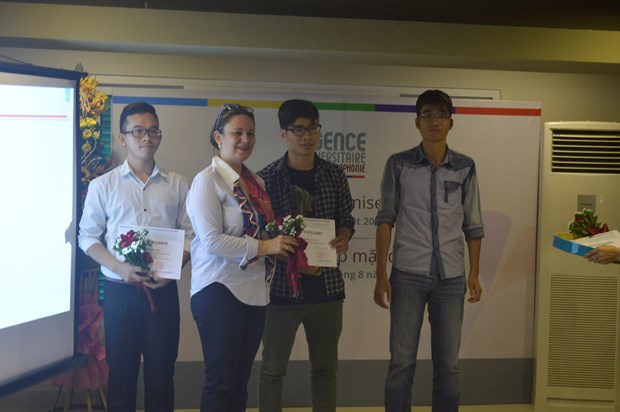 L'AUF recompense de jeunes talents francophones a Hanoi hinh anh 2