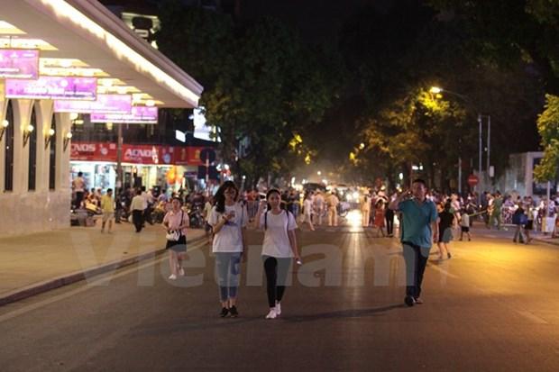 Hanoi : essai de rues pietonnes autour du lac de l'Epee restituee hinh anh 1