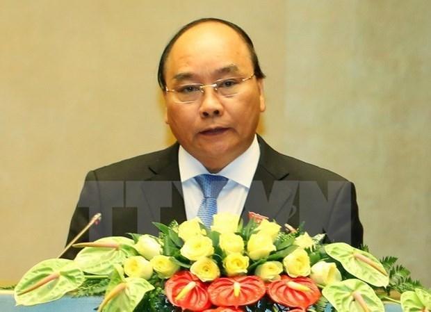 Le Premier ministre part pour les 28e et 29e Sommets de l'ASEAN au Laos hinh anh 1