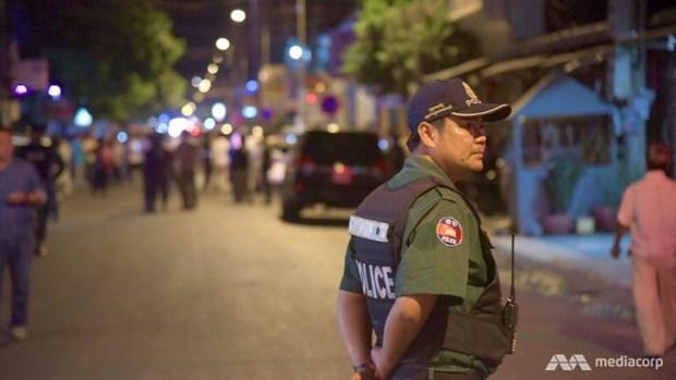 L'explosion d'une bombe fait trois blesses a Phnom Penh hinh anh 1