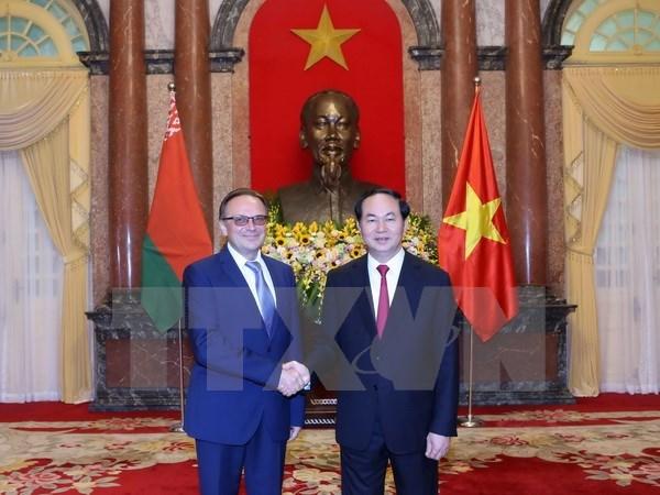 Tran Dai Quang recoit de nouveaux ambassadeurs hinh anh 2