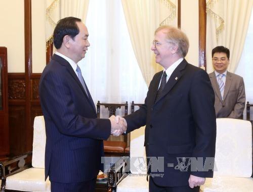 Le president Tran Dai Quang recoit l'ambassadeur du Canada hinh anh 1