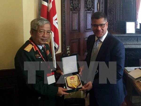 Vietnam-Royaume-Uni: promotion des relations de cooperation dans la defense hinh anh 1