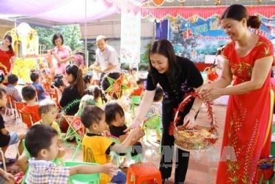 Lettre du President de la Republique aux enfants vietnamiens pour la Fete de la mi-automne hinh anh 1