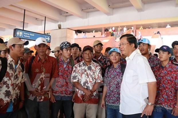 Plus de 200 pecheurs vietnamiens arretes en Indonesie vont etre rapatries hinh anh 1