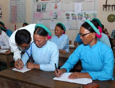 Mission alphabetisation des ethnies minoritaires hinh anh 1