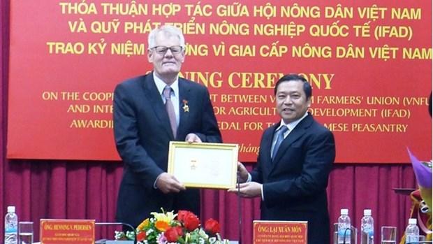Cooperation entre l'IFAD et l'Association des paysans du Vietnam hinh anh 1