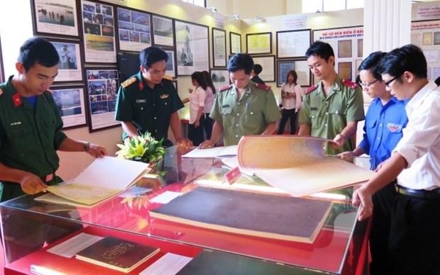 L'exposition sur Hoang Sa et Truong Sa a Hanoi et a Quang Binh hinh anh 1