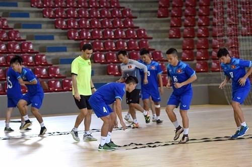 Coupe du Monde de Futsal 2016: la selection vietnamienne qualifiee en 1/8e de finale hinh anh 1