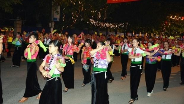 Yen Bai : ouverture de la Semaine culturelle et touristique de Muong Lo hinh anh 1