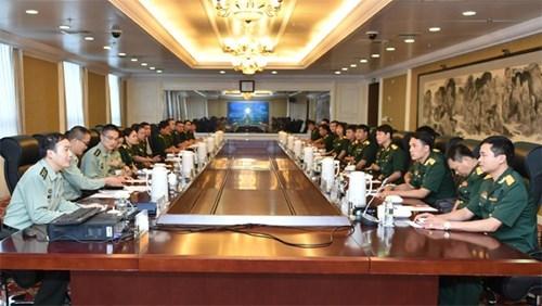 Echanges de jeunes officiers Vietnam-Chine 2016 hinh anh 1